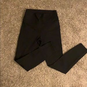 Fabletics High Waisted Solid Powerhold 7/8 Legging